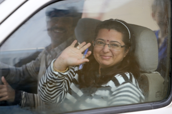 _Mamta in Car